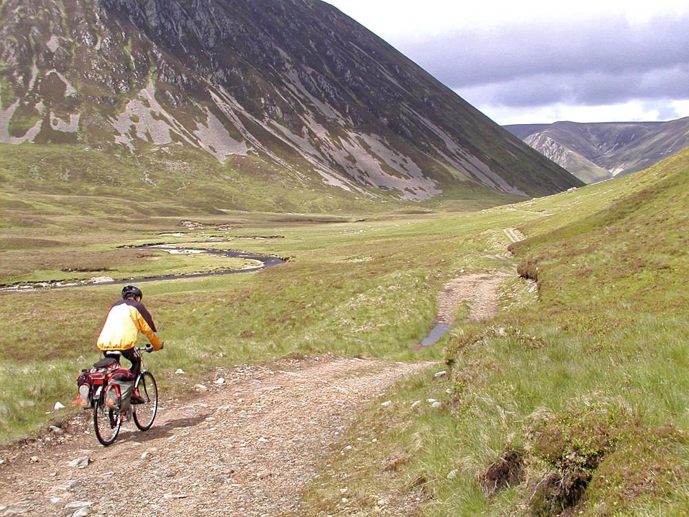 Rowan at the Gaick Pass
