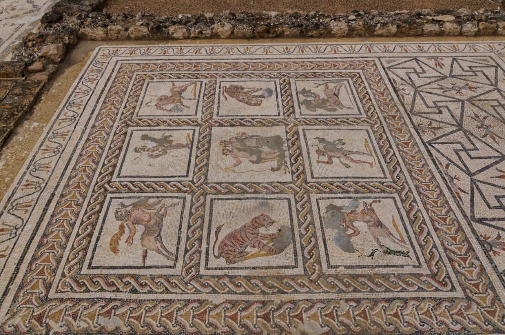 Roman mosaic, Italica