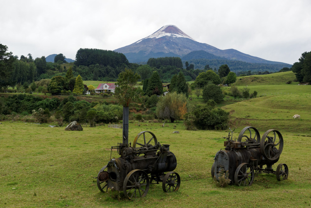 Old engines and Volcan Osorno